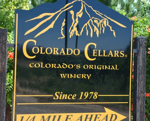 Palisade Vineyard Sign
